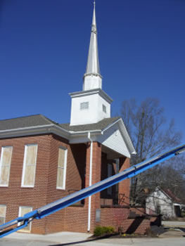 This church spire was inspected and repaired by Southern Steeplejacks in North Carolina.