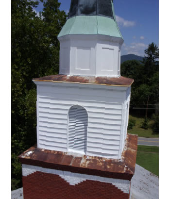 Southern Steeplejacks repaired this wood and copper steeple in Alabama.